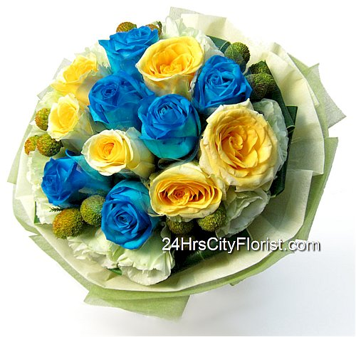 blue yellow rose bouquet - florist singapore