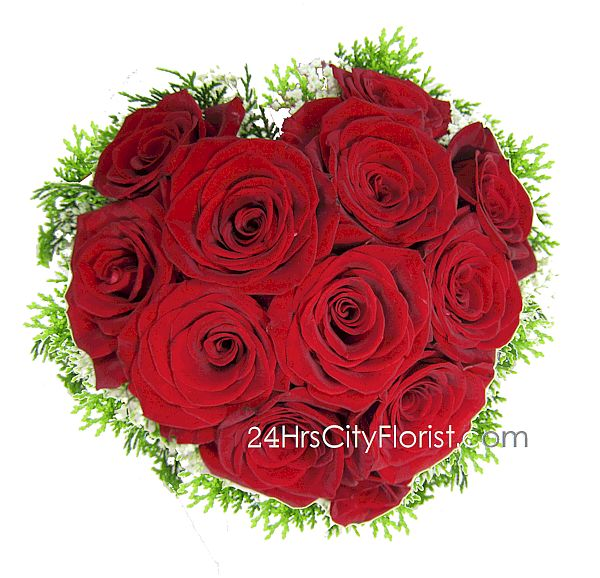 heart shape rose bouquet