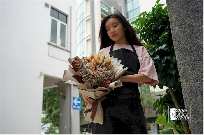 The Difference Between Dried And Fresh Flowers 24hrs City Florist