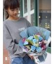 blue-rose-bouquet