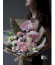 mix pink flower hand bouquet