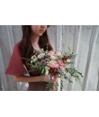 Naomi | Free Form Bouquet