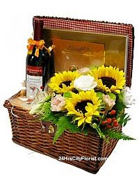 Picnic Basket - Wine..