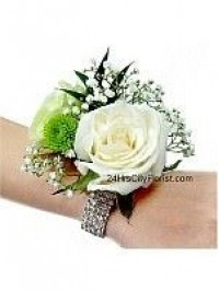 wedding wrist corsag..