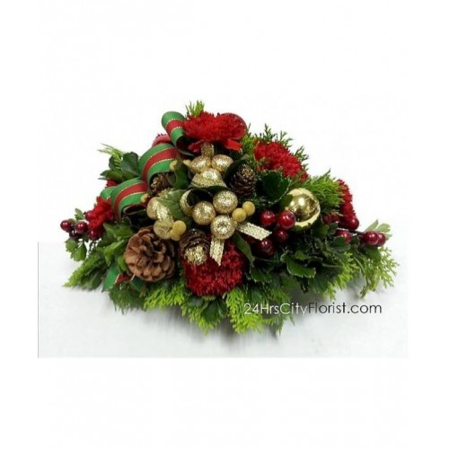 xmas flowers - A table arrangement consisting of fresh red ...