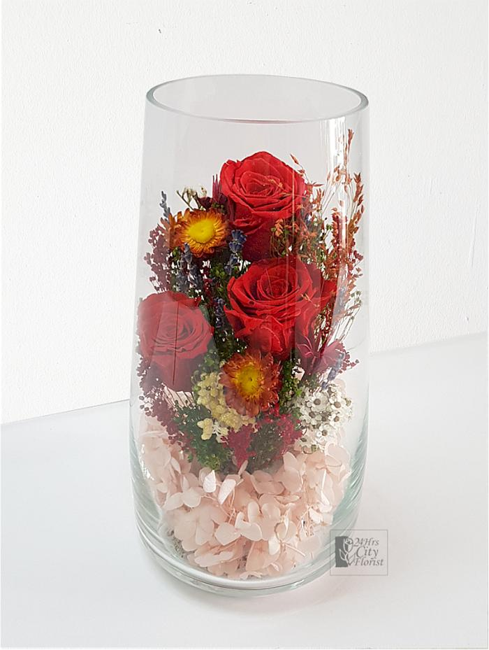 Cameo - Preserved and Dried Flowers in Glass Vase