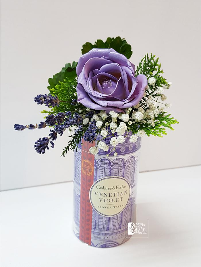 Crabtree Evelyn Venetian Violet Flower Water Gift Set
