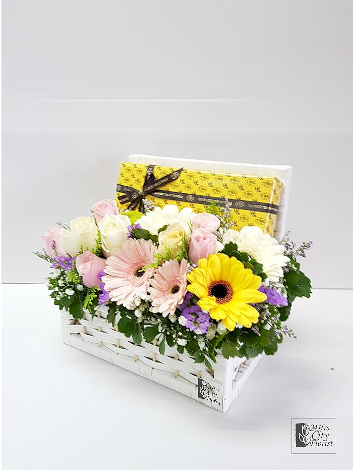 TWG Basket With Pastel Flowers