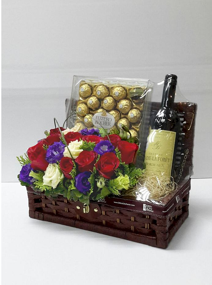 Be Happy - Wine and Rocher