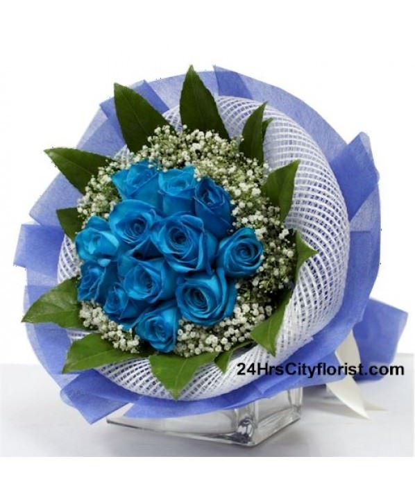 Paradise Blue - Blue Rose Hand Bouquet