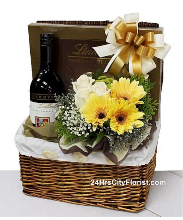 Gratitude - Wine & Lindt Chocolate Gift