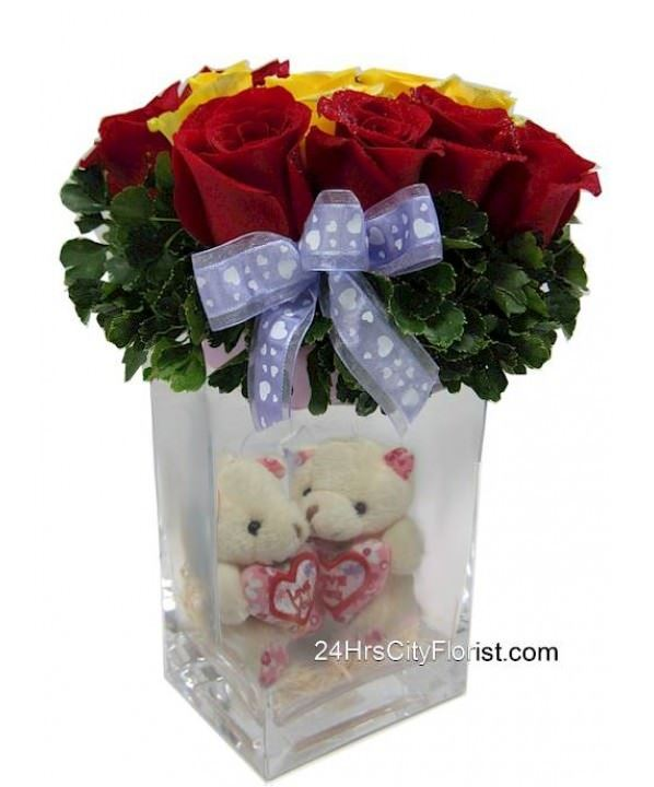 Couple Bear in Vase Flower Arrangement