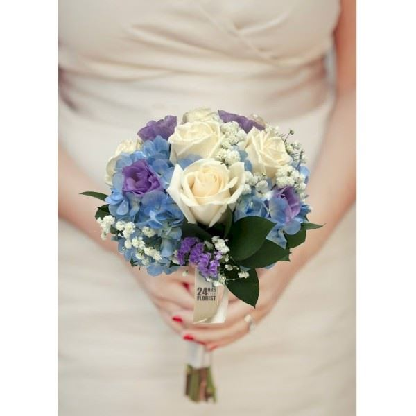 Ivory Blue Bouquet