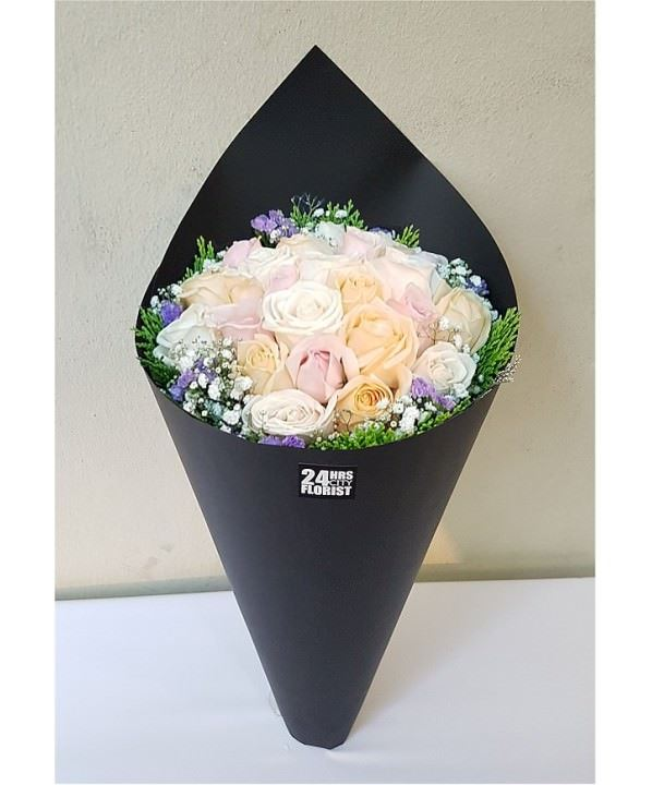 cone champagne rose bouquet