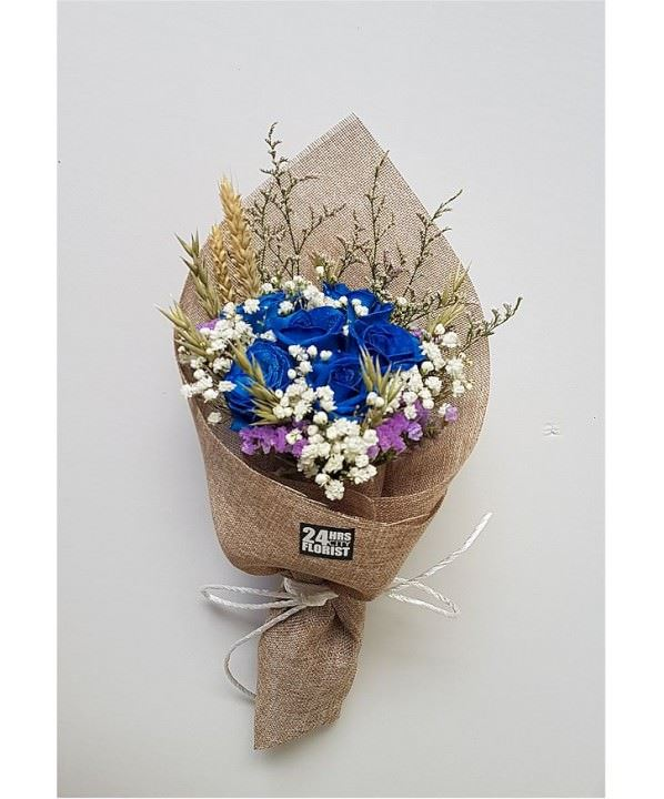 rustic blue rose bouquet